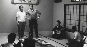"In 1969, Larry toured Japan with Dai Vernon. Here he is with Hideo Kato, who acted as their interpreter. Mr. Kato went on to write ""Larry Jennings—No Card Magic Nyuumon"" (""Larry Jennings's Card Technique"")"